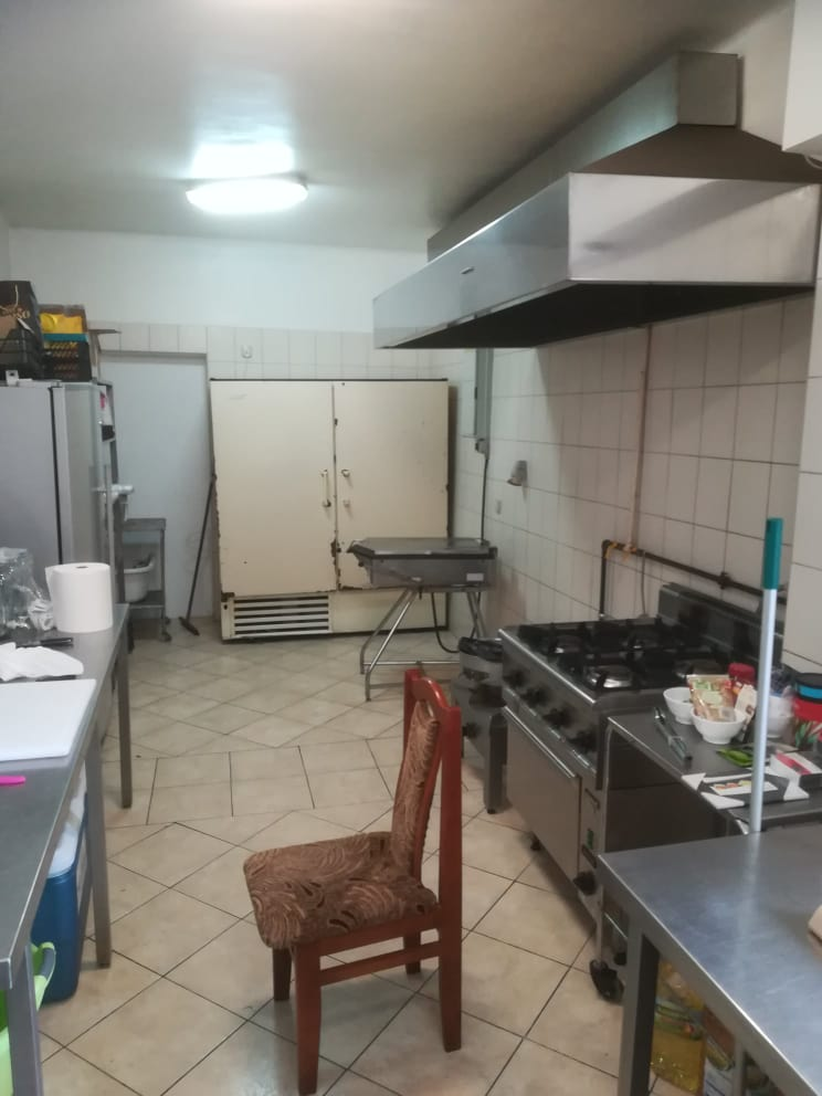 http://atari.org.pl/wapniak20/kuchnia.jpg